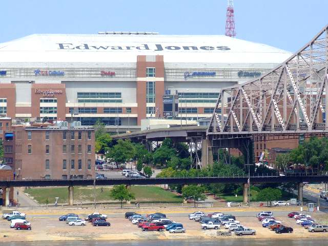 Edward Jones Dome: Home of the St. Louis Rams